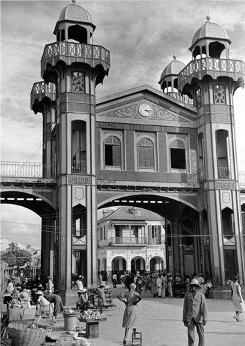 Iron Market (1930)