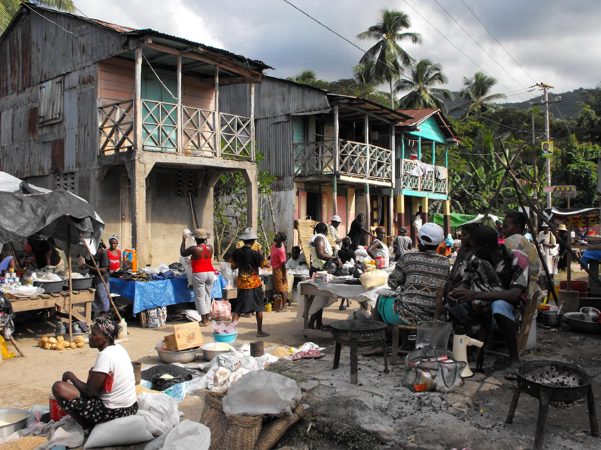 Market in Baraderes