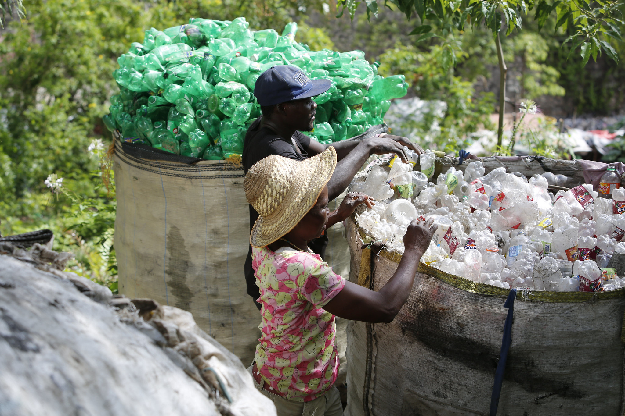 Read more about the article Collection of PET bottles for recycling in Port-au-Prince, Haiti.
